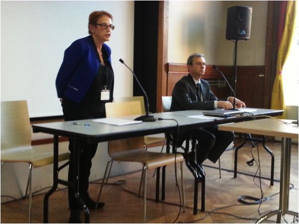 Roxane Silberman, Director of the Réseau Quetelet, introduces EDDI13 Keynote Speaker Philippe Cuneo.