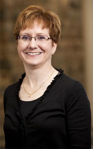 Lynette Hoelter